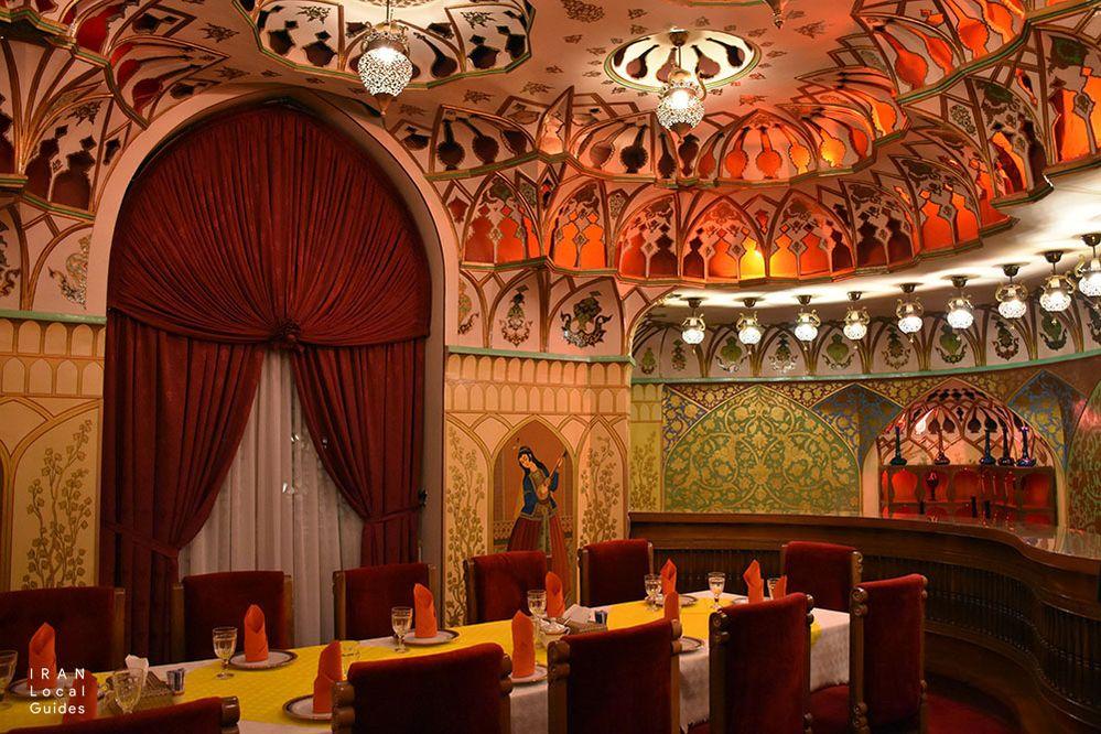 بخشی از هتل زیبای عباسی، شربت خانه (بار)