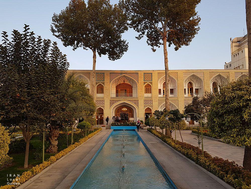 هتل بین المللی عباسی
